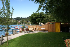 Garten mit Blick zum Bootsverleih