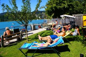 Badeplatz direkt am See